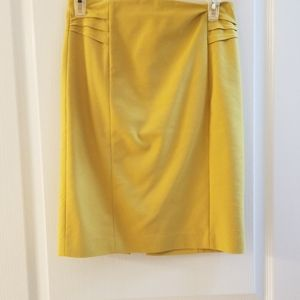 Mustard fitted skirt